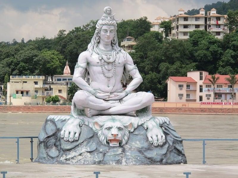 visit rishikesh india