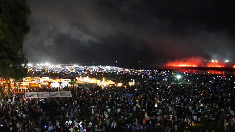 festival crowd at omagari national fireworks competition