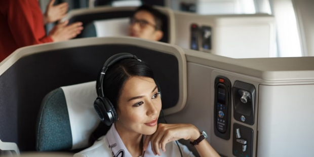 Two-to-Travel Business Class Advance Purchase Fares in Cathay Pacific with UOB Reserve, Visa Infinite and Privilege Banking Cards