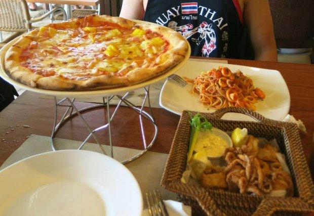 eat in boracay