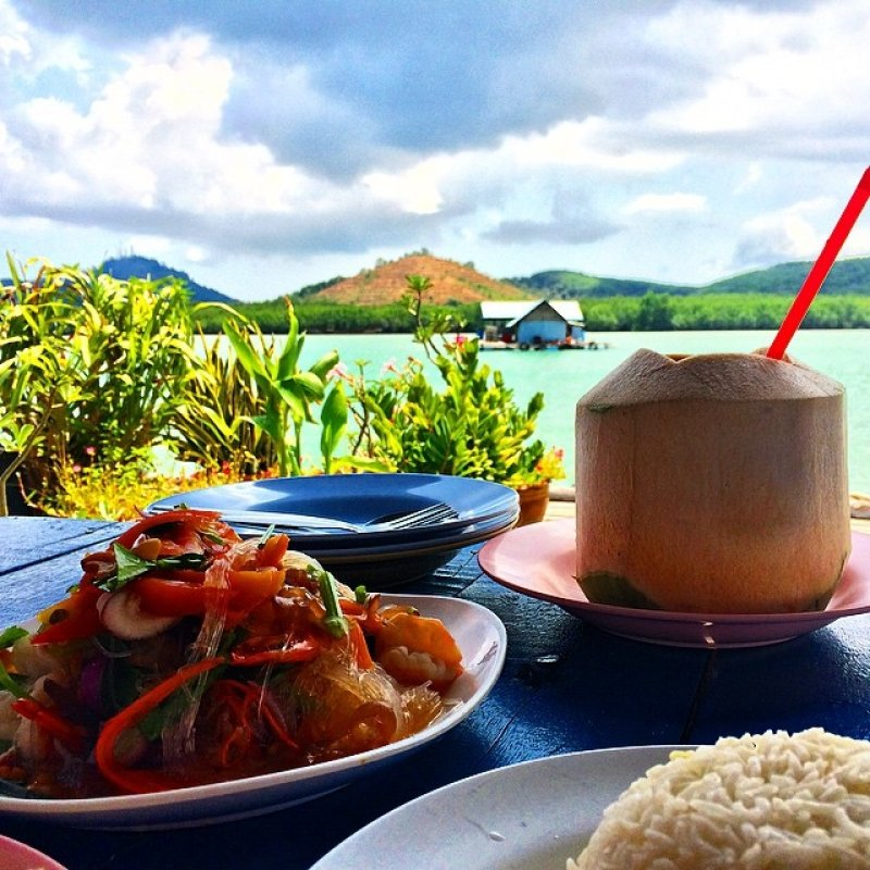 Bang Mud Seafood Floating Restaurant