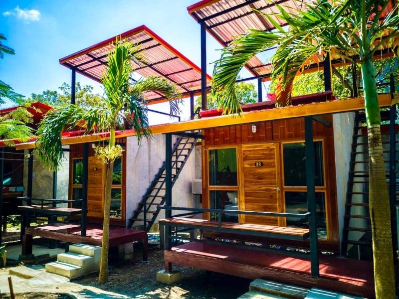 traditional krabi airbnb