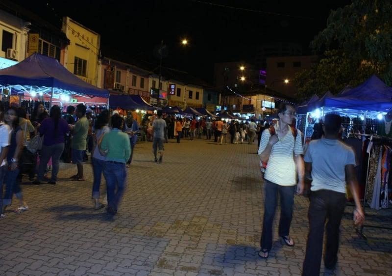 Talk a stroll down Johor Bazaar