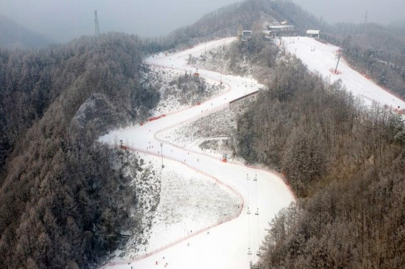 elysian gangchon ski resort in gangwon province
