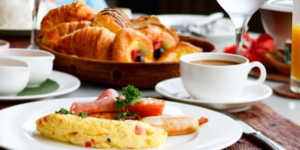 Breakfast On Us: Stay and Dine Offer in Singapore Marriott Tang Plaza Hotel