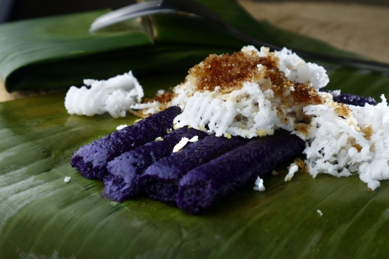 christmas in the philippines: puto bumbong