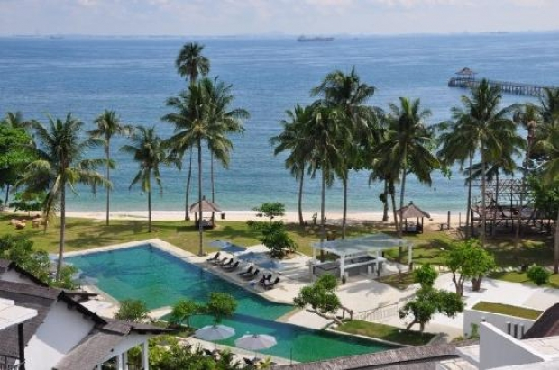 Get Up to 15% Off Best Available Rate in Turi Beach Resort with Maybank