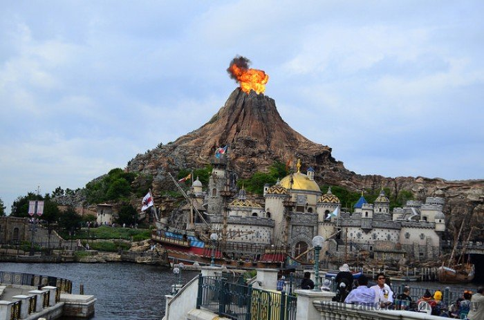 18 Visit The Only Disneysea In World