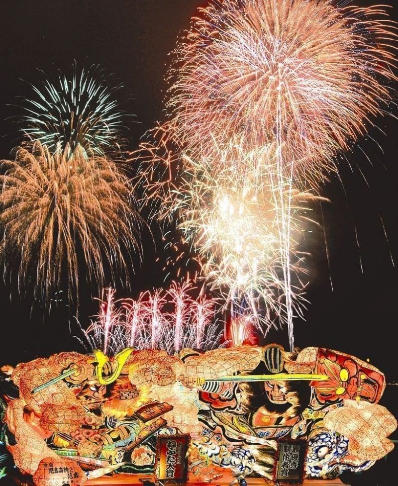 aomori nebuta fireworks festival