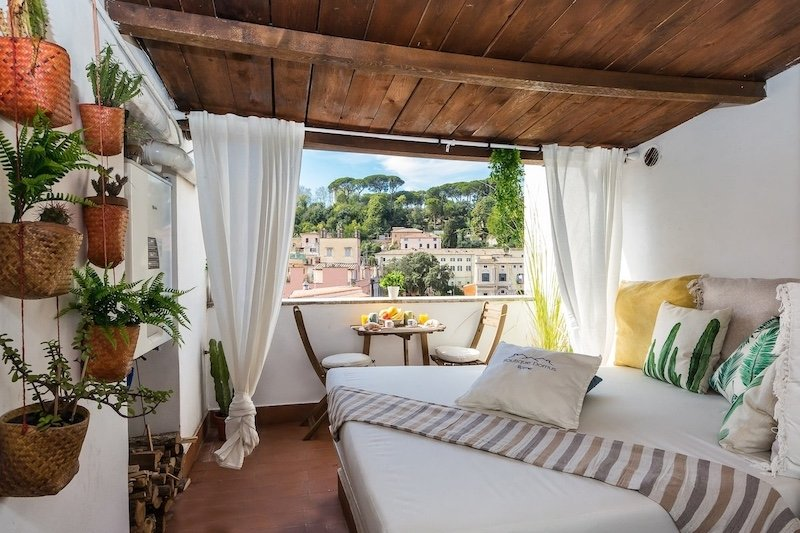 Airbnb near Gianicolo Hill in Rome