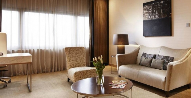 Suite Indulgence Offer with 30% Savings in Mandarin Orchard by Meritus