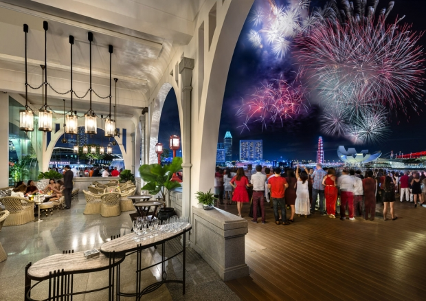 Guaranteed Fireworks View this National Day in The Fullerton Bay Hotel Singapore