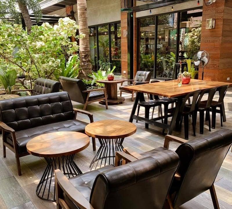 best cafes in Manila