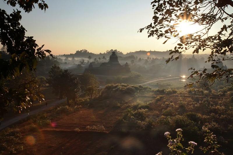 Myanmar Destinations: Mrauk U