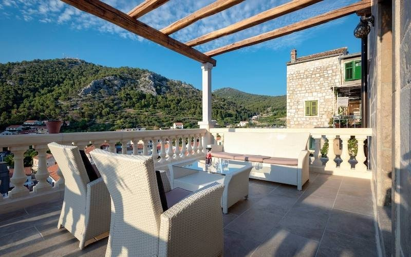 15 Airbnb Homes in Croatia for a Relaxing Mediterranean Holiday