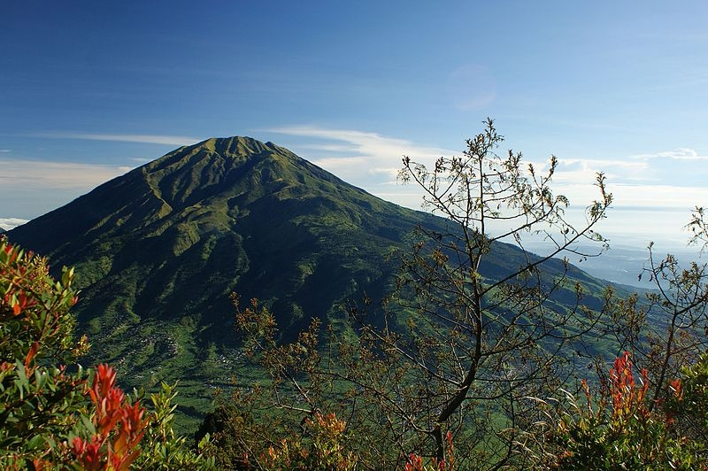 hiking trails in indonesia