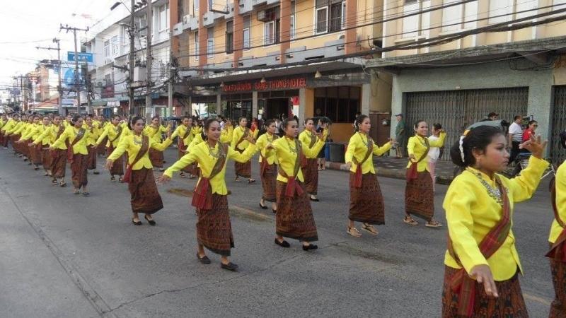 Image result for Lễ hội voi ở Surin