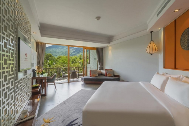 Angsana Lang Co 1-For-1 One Room Night for HSBC Cardholders