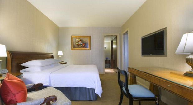Get 15% Off Hotel Rates in Sheraton Singapore with Standard Chartered Bank