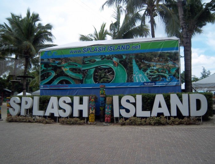 Splash Island Resort and Spa
