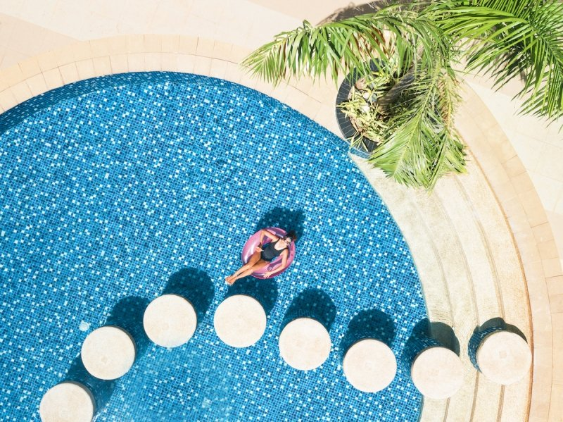 hotels philippines christmas new year staycations
