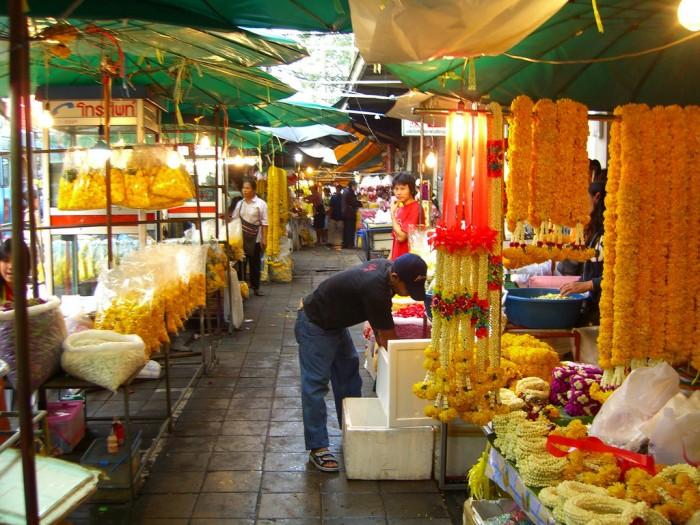 Yodpiman Market