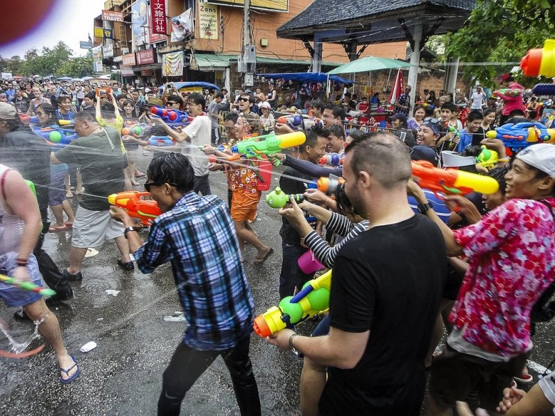 Lễ Hội Đặc Biệt Tại Thái Lan songkran