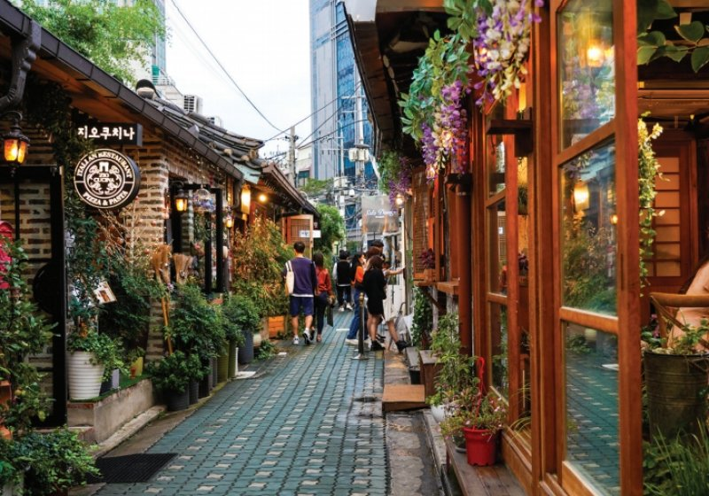 underrated places in south korea Ikseondong Hanok Village