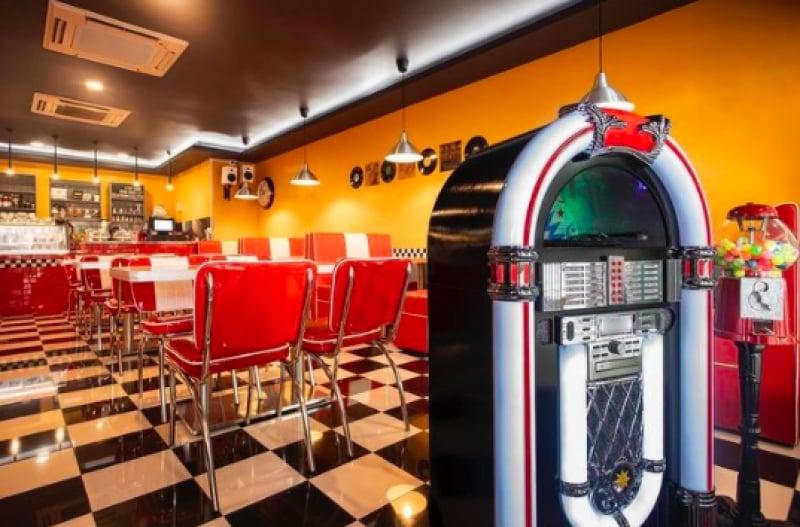 retro cafes in singapore