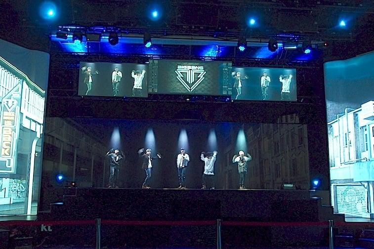 k-live-hologram