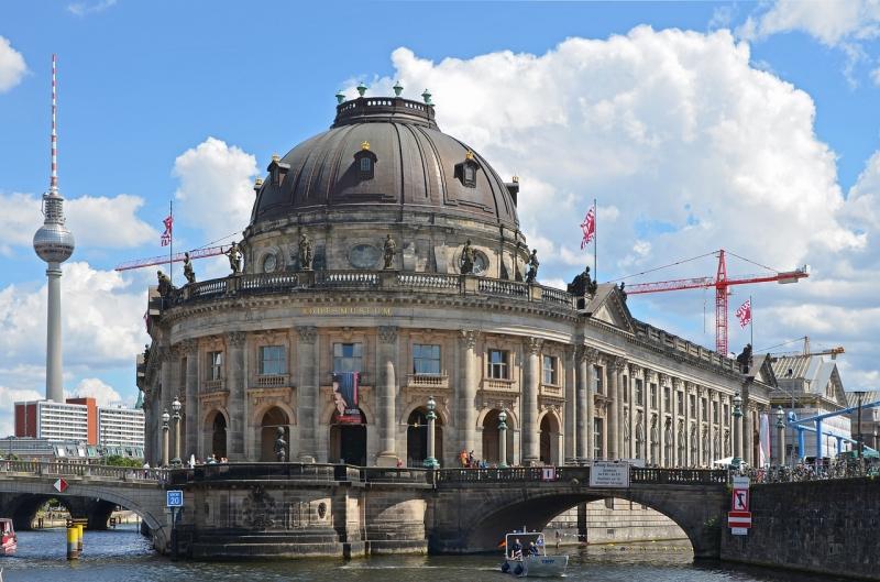 Lịch trình du lịch Trung Âu - Ngày 2: Berlin → Munich