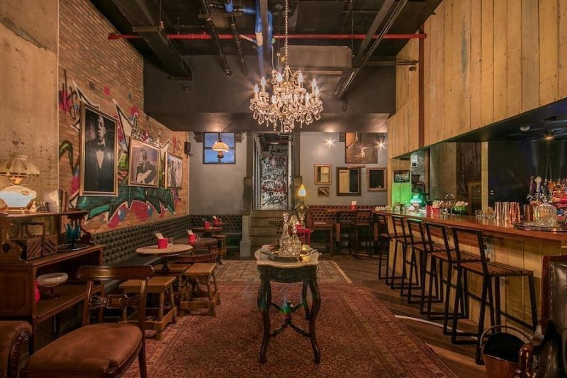 speakeasies in manila: hotel bar