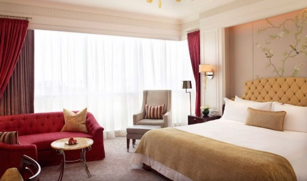 Five Days Sale in The St. Regis Singapore with up to 15% Savings