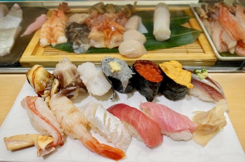 Omasake suchi chợ Tsukiji