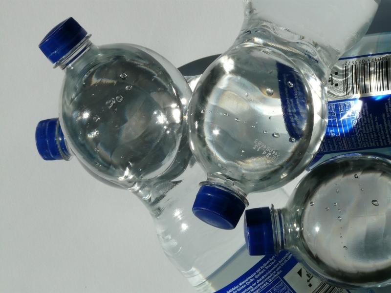 hydration water bottle long flight