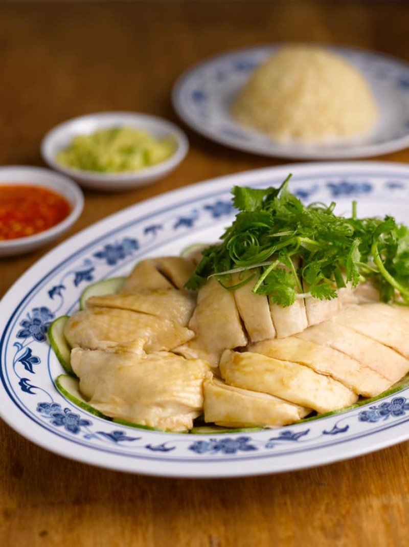 chicken rice best singaporean food