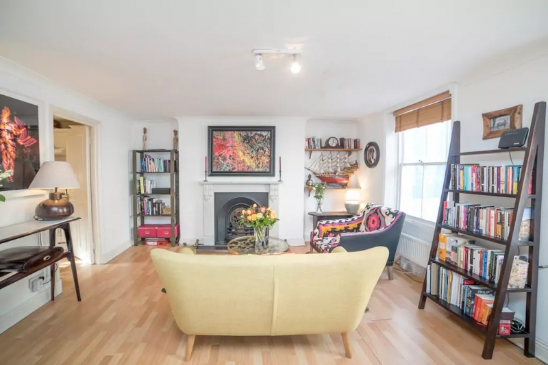 airbnbs in london