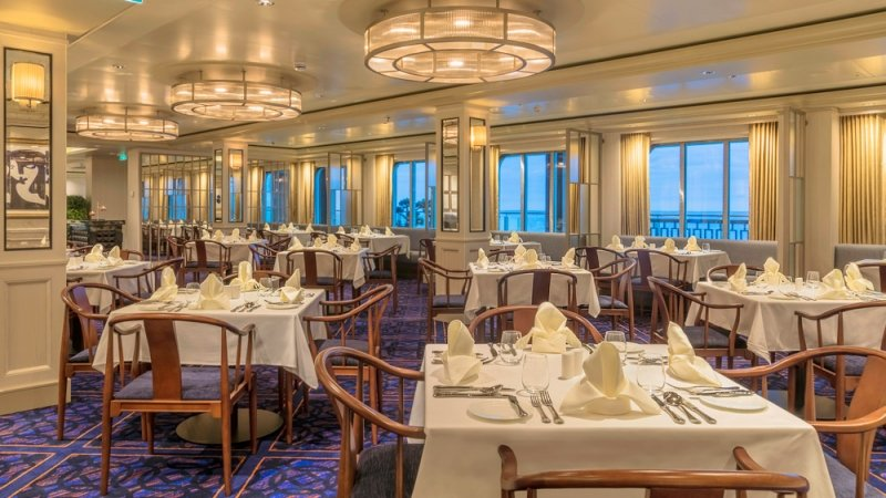 world dream dining on a getaway cruise