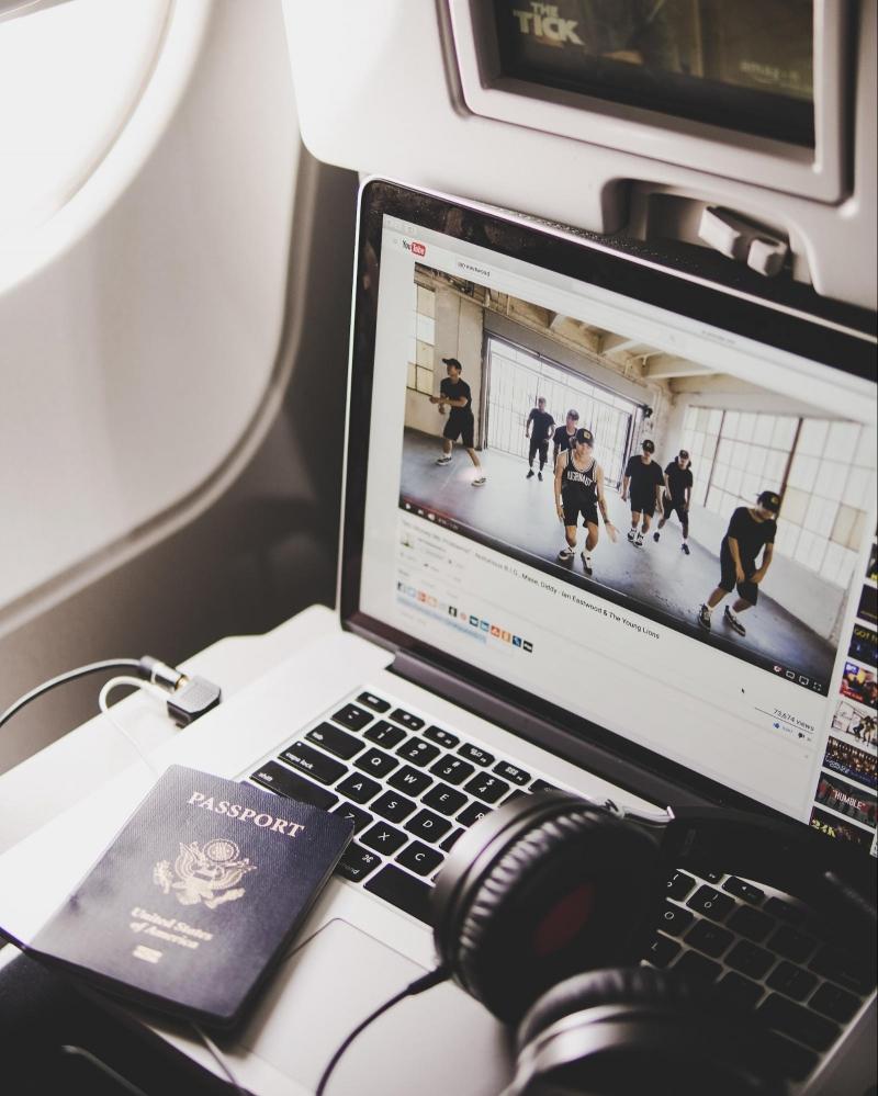 electronics airplane
