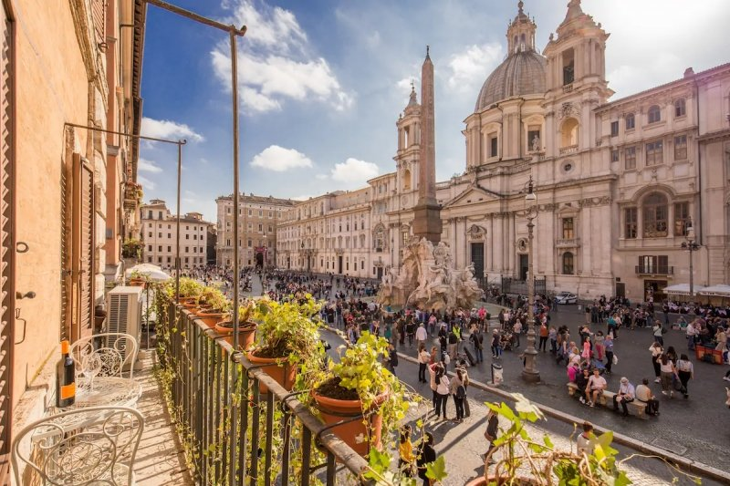 airbnbs in rome for the perfect roman holiday