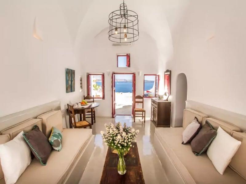 Airbnb in Santorini