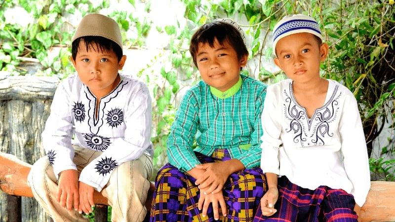 "Similar Bahasa Indonesia and Tagalog Words: ""Anak"" (""Child"")"