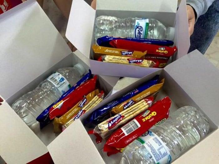 Cebu Pacific free snacks