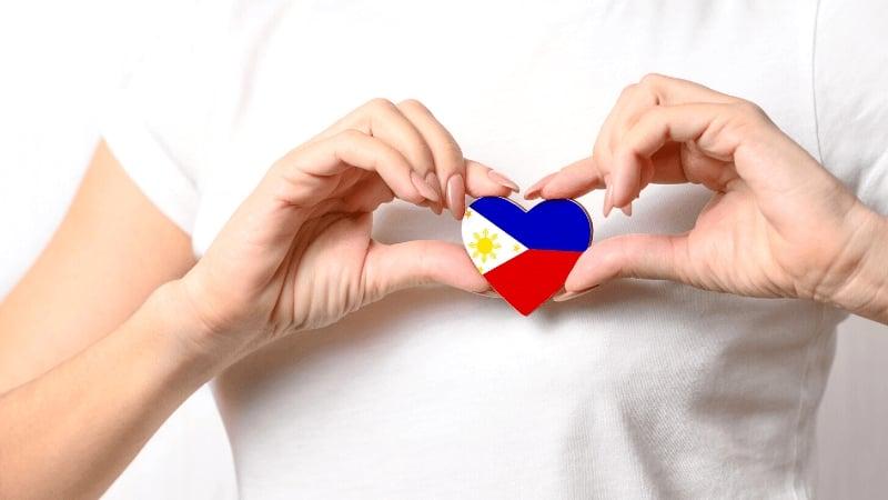 "Bahasa Indonesia to Tagalog Words: ""Cinta"" = ""Sinta"" (Love)"
