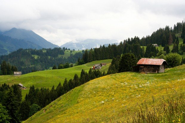 switzerland budget travel tips