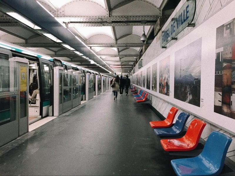 Paris Thực Tế