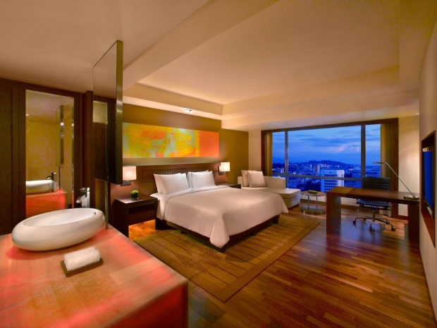 Advance Purchase Deal with 15% Savings in Hyatt Regency Kinabalu