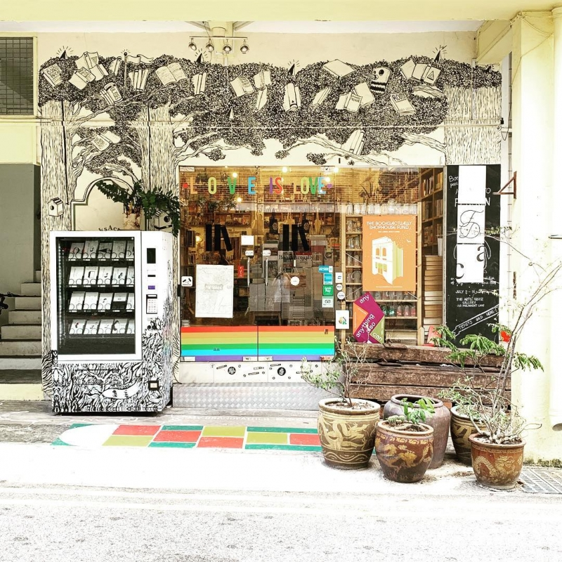 beautiful libraries and bookstores: booksactually, singapore