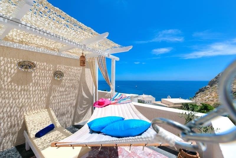 14 Best Airbnbs in the Greek Islands