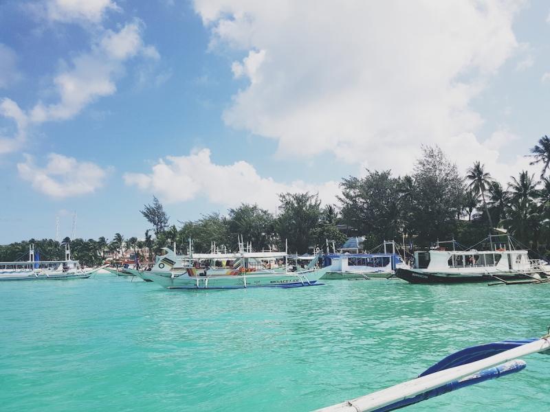 boracay boats